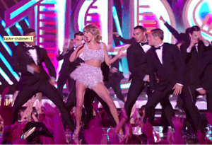 Taylor Swift shakes off all the haters!